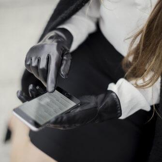 Klassische Damenhandschuhe