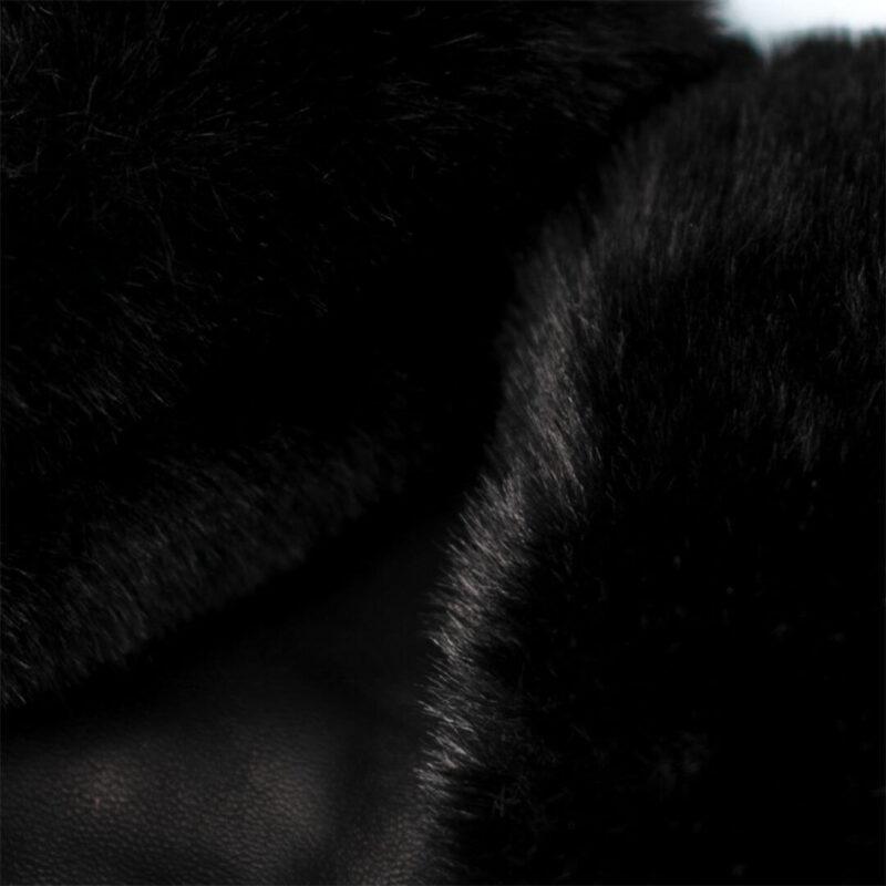 Schwarze Handschuhe mit Futter